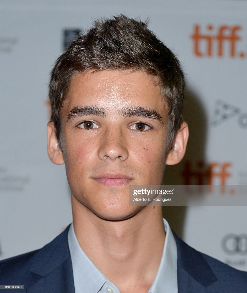 Actor <a gi-track='captionPersonalityLinkClicked' href=/galleries/search?phrase=Brenton+Thwaites&family=editorial&specificpeople=10008512 ng-click='$event.stopPropagation()'>Brenton Thwaites</a> attends the 'Oculus' premiere during the 2013 Toronto International Film Festival at Ryerson Theatre on September 8, 2013 in Toronto, Canada.