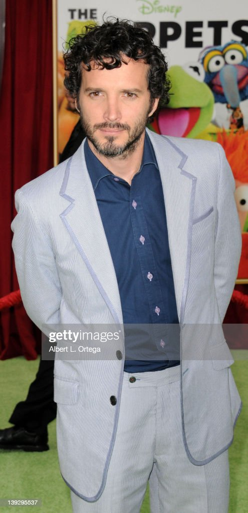 Actor Bret McKenzie arrives for 'The Muppets' Los Angeles Premiere held at the El Capitan Theatre on November 12, 2011 in Hollywood, California.