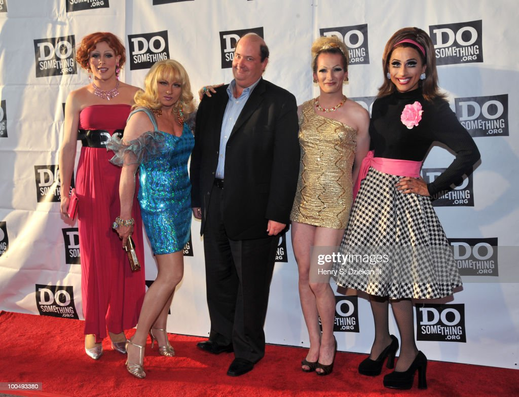 Actor <a gi-track='captionPersonalityLinkClicked' href=/galleries/search?phrase=Brian+Baumgartner&family=editorial&specificpeople=841410 ng-click='$event.stopPropagation()'>Brian Baumgartner</a> with drag queens impersonating 'Sex and The City' charactors attend DoSomething.org's celebration of the 2010 Do Something Award nominees at The Apollo Theater on May 24, 2010 in New York City.