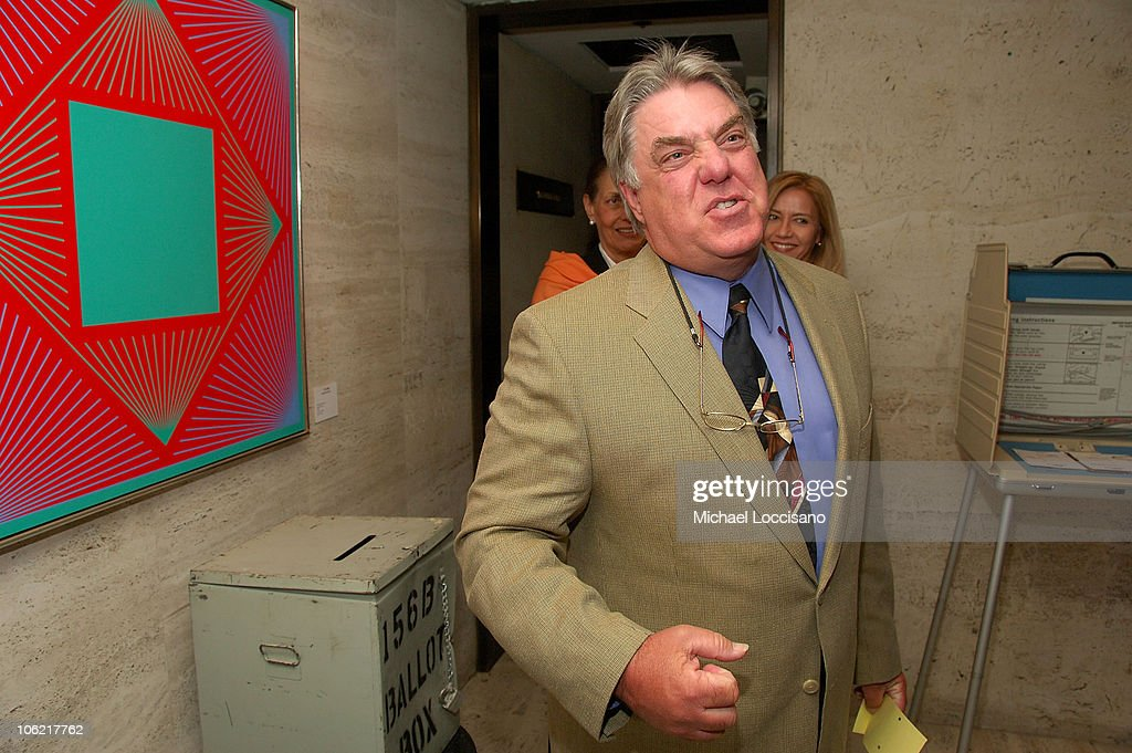 Actor Bruce McGill casts a ballot at the after party for the New York premiere of HBO Films' 'Recount', at The Four Seasons Restaurant in New York City on May 13, 2008.