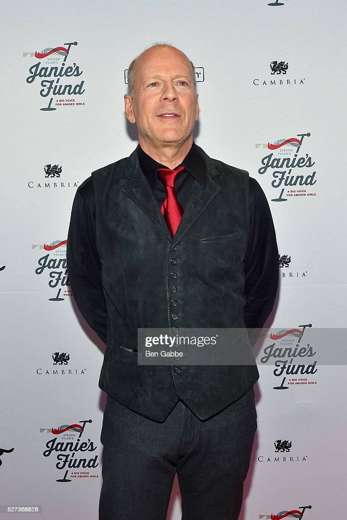 Actor <a gi-track='captionPersonalityLinkClicked' href=/galleries/search?phrase=Bruce+Willis&family=editorial&specificpeople=202185 ng-click='$event.stopPropagation()'>Bruce Willis</a> attends the Steven Tyler...Out On A Limb Benefit Concert on May 02, 2016 in New York, New York.