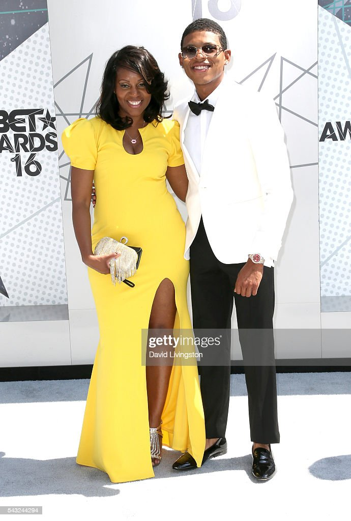 Actor <a gi-track='captionPersonalityLinkClicked' href=/galleries/search?phrase=Bryshere+Y.+Gray&family=editorial&specificpeople=13931431 ng-click='$event.stopPropagation()'>Bryshere Y. Gray</a> (L) and guest attend the 2016 BET Awards at Microsoft Theater on June 26, 2016 in Los Angeles, California.