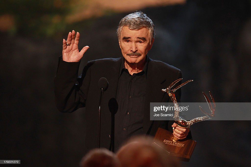 Actor <a gi-track='captionPersonalityLinkClicked' href=/galleries/search?phrase=Burt+Reynolds&family=editorial&specificpeople=204674 ng-click='$event.stopPropagation()'>Burt Reynolds</a> speaks onstage during 2013 Spike TV 'Guys Choice' - Show at Sony Pictures Studios on June 8, 2013 in Culver City, California.