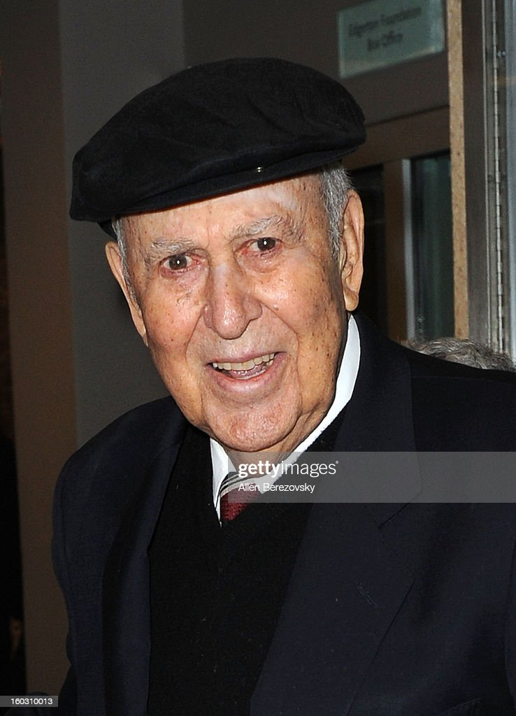 Actor <a gi-track='captionPersonalityLinkClicked' href=/galleries/search?phrase=Carl+Reiner&family=editorial&specificpeople=660635 ng-click='$event.stopPropagation()'>Carl Reiner</a> arrives at the 'Enter Laughing, The Musical' staged reading and benefit at Mark Taper Forum on January 28, 2013 in Los Angeles, California.