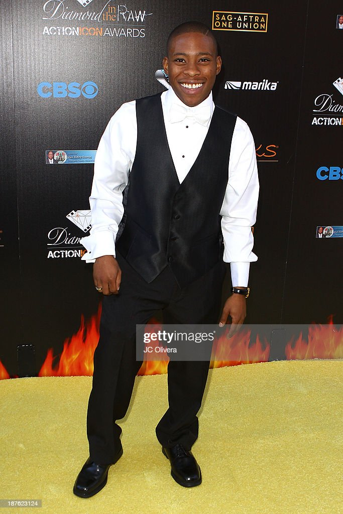 Actor Carlon Jeffery attends The 6th Annual Diamond In The RAW-Action Icon Awards at Skirball Cultural Center on November 10, 2013 in Los Angeles, California.