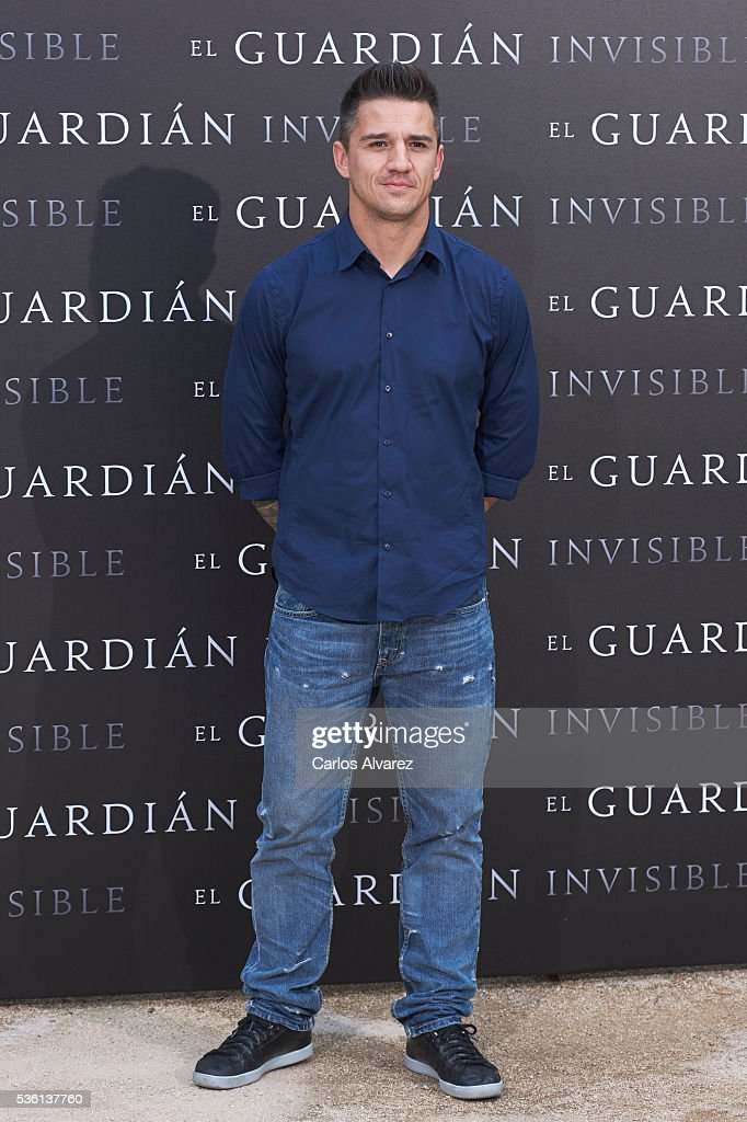 Actor Carlos Librado attends 'El Guardian Invisible' photocall on May 31, 2016 in Madrid, Spain.
