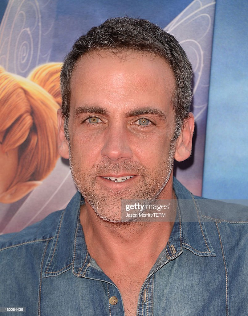 Actor <a gi-track='captionPersonalityLinkClicked' href=/galleries/search?phrase=Carlos+Ponce&family=editorial&specificpeople=215458 ng-click='$event.stopPropagation()'>Carlos Ponce</a> attends the premiere of DisneyToon Studios' 'The Pirate Fairy' at Walt Disney Studios on March 22, 2014 in Burbank, California.