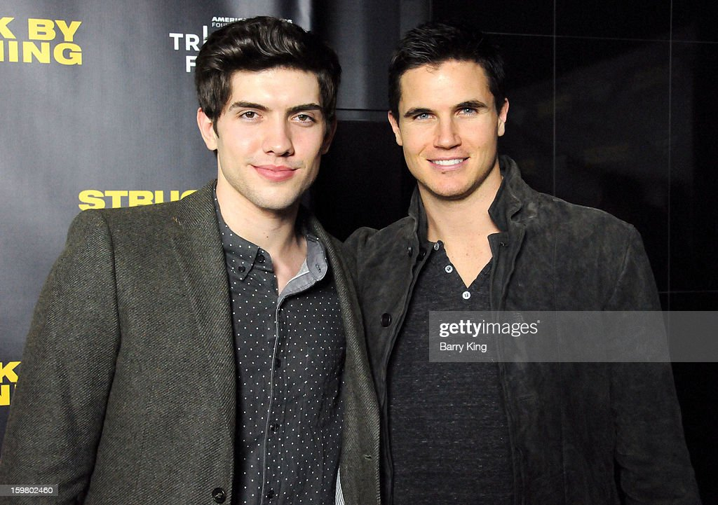 Actor <a gi-track='captionPersonalityLinkClicked' href=/galleries/search?phrase=Carter+Jenkins&family=editorial&specificpeople=544479 ng-click='$event.stopPropagation()'>Carter Jenkins</a> (L) and actor <a gi-track='captionPersonalityLinkClicked' href=/galleries/search?phrase=Robbie+Amell&family=editorial&specificpeople=4601097 ng-click='$event.stopPropagation()'>Robbie Amell</a> attend the 'Struck By Lightning' premiere at Mann Chinese 6 on January 6, 2013 in Los Angeles, California.