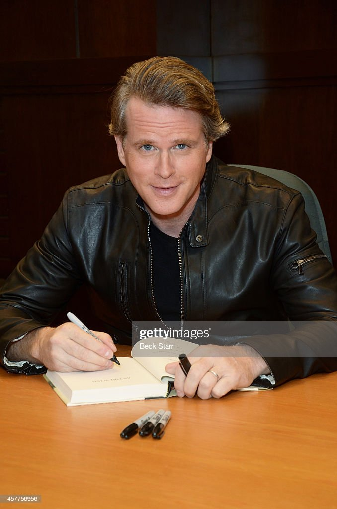 Actor Cary Elwes signs copies of his new book 'As You Wish' at Barnes Noble bookstore at The Grove on October 23 2014 in Los Angeles California