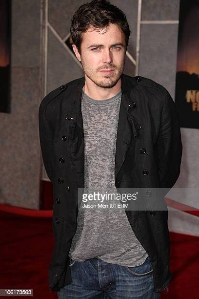 Actor Casey Affleck arrives at the premiere of Miramax Films' 'No Country For Old Men' held at the El Capitan Theater on November 4 2007 in Hollywood...
