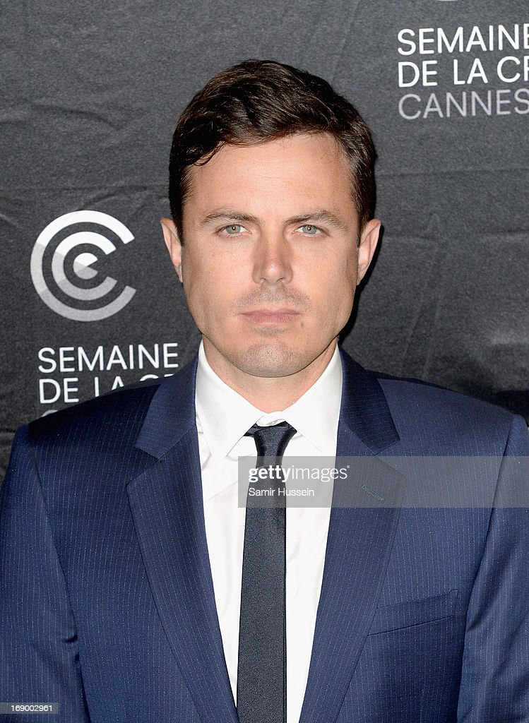 Actor <a gi-track='captionPersonalityLinkClicked' href=/galleries/search?phrase=Casey+Affleck&family=editorial&specificpeople=1539212 ng-click='$event.stopPropagation()'>Casey Affleck</a> during the 'Ain't Them Bodies Saints' Photocall during The 66th Annual Cannes Film Festival at the Palais des Festivals on May 18, 2013 in Cannes, France.
