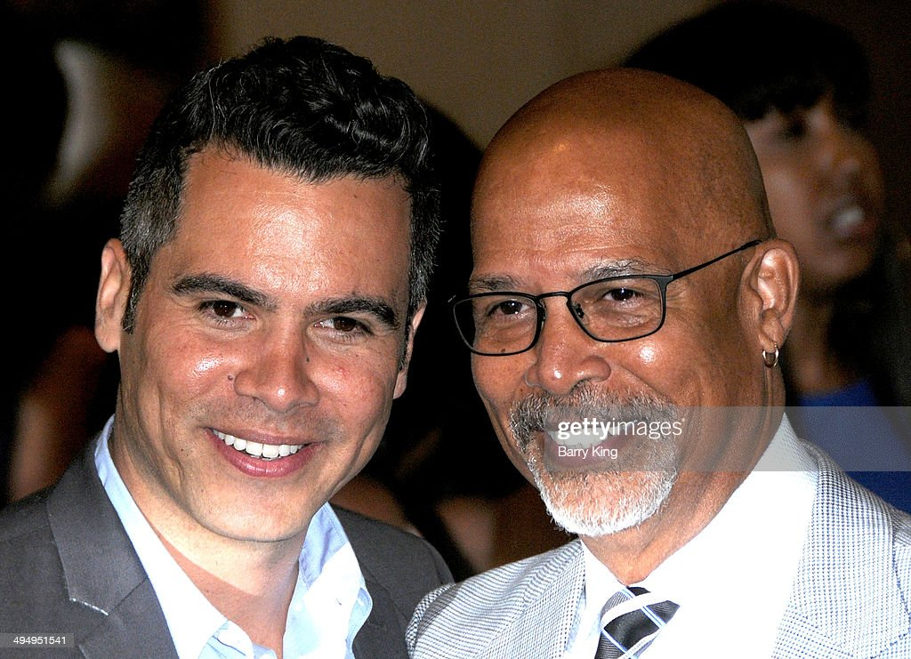 Actor Cash Warren (L) and his actor Michael Warren arrive at The Helping Hand Of Los Angeles Mother's Day Luncheon on May 9, 2014 at The Beverly Hilton Hotel in Beverly Hills, California.