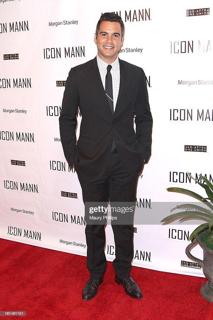 Actor Cash Warren arrives at the ICON MANN's Black Men in Entertainment & Multimedia Pre-Emmy Dinner on September 20, 2013 in Beverly Hills, California.
