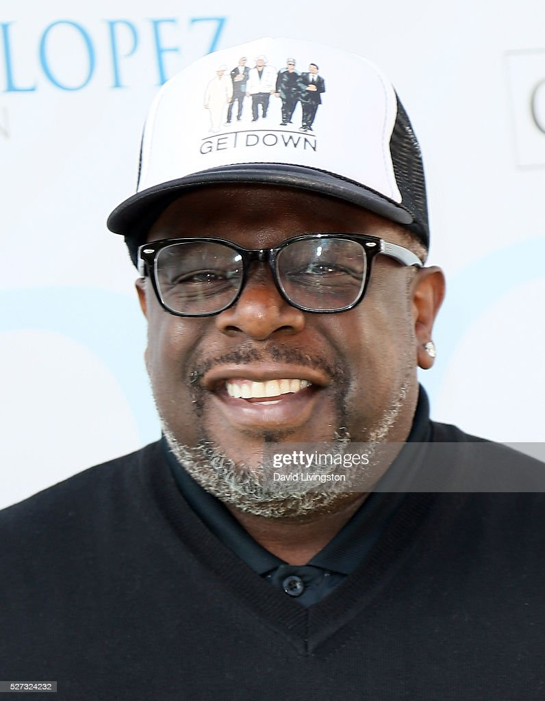 Actor Cedric the Entertainer attends the Ninth Annual George Lopez Celebrity Golf Classic at Lakeside Golf Club on May 2, 2016 in Burbank, California.