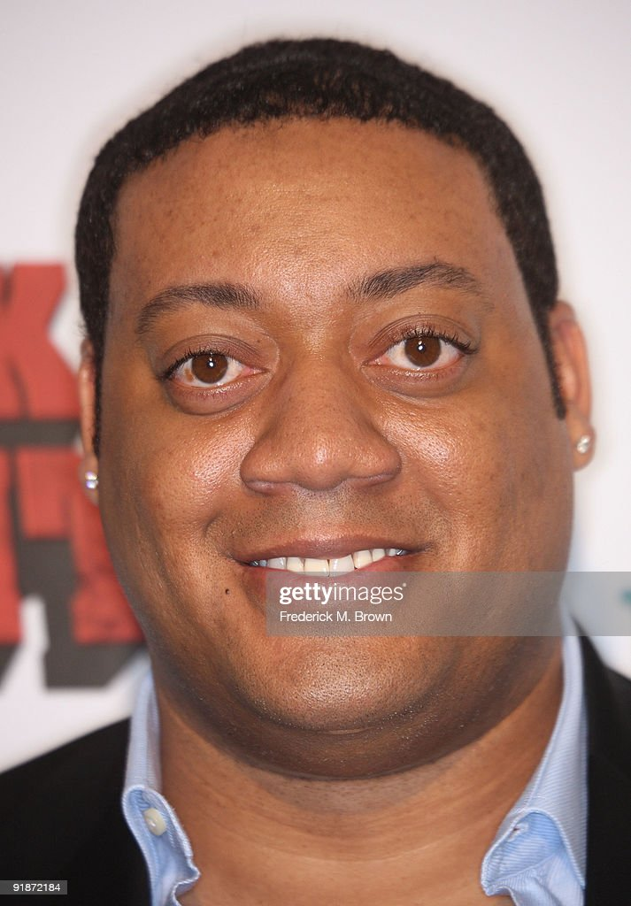 Actor <a gi-track='captionPersonalityLinkClicked' href=/galleries/search?phrase=Cedric+Yarbrough&family=editorial&specificpeople=2096451 ng-click='$event.stopPropagation()'>Cedric Yarbrough</a> attends the 'Black Dynamite' film premiere at the Arclight Hollywood on October 13, 2009 in Hollywood, California.