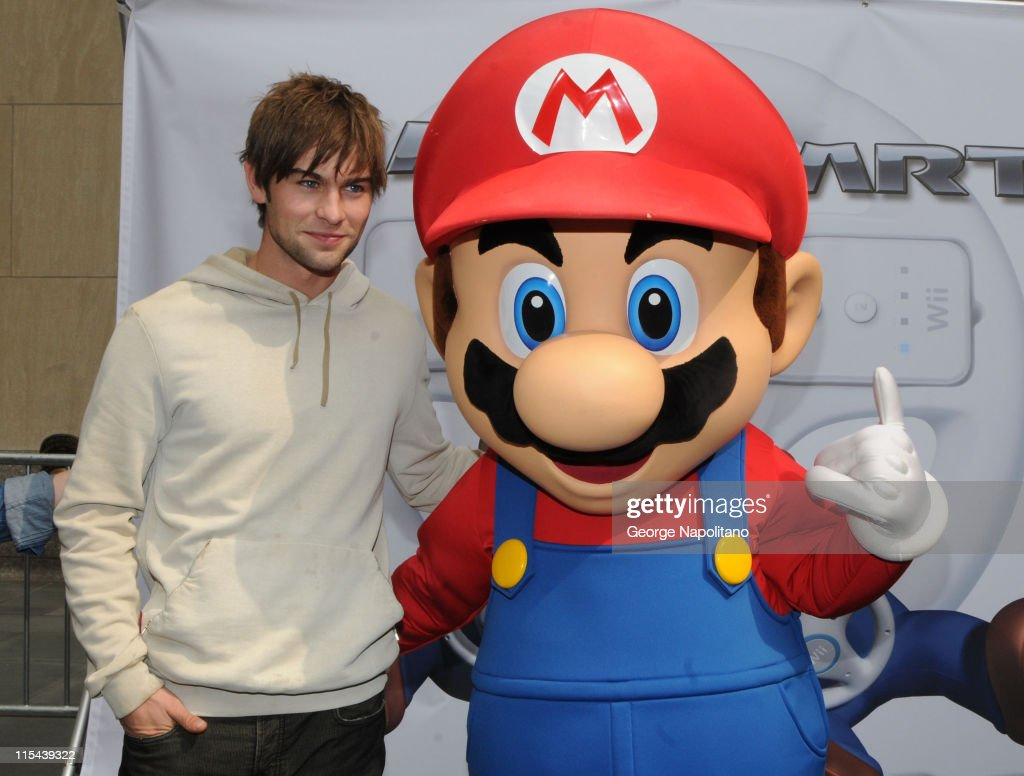 Cartoon pictures of chace crawford - Actor Chace Crawford And Super Mario At The Launch Of Mario Kart Wii On April 26