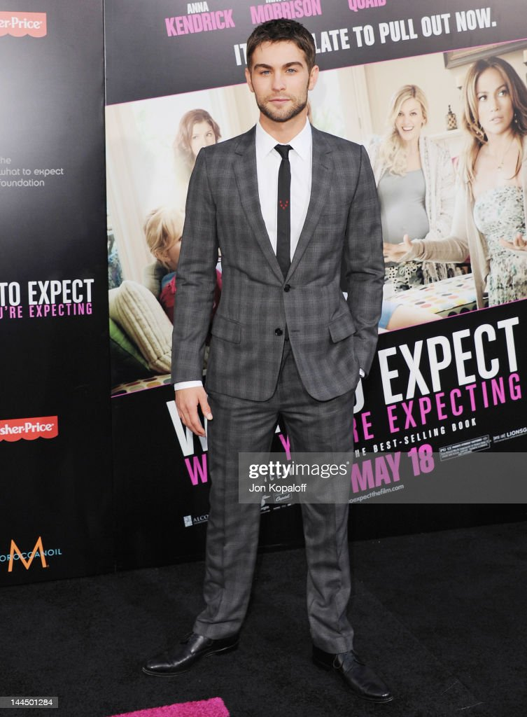 Actor <a gi-track='captionPersonalityLinkClicked' href=/galleries/search?phrase=Chace+Crawford&family=editorial&specificpeople=4238517 ng-click='$event.stopPropagation()'>Chace Crawford</a> arrives at the Los Angeles Premiere 'What To Expect When You're Expecting' at Grauman's Chinese Theatre on May 14, 2012 in Hollywood, California.