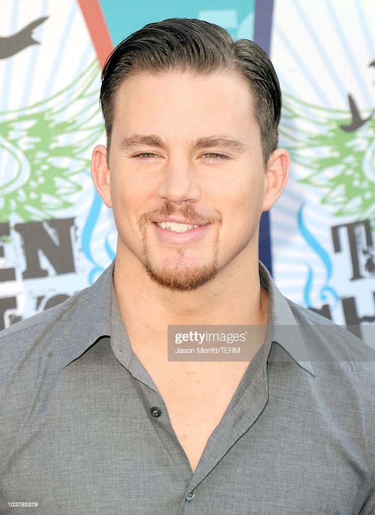 Actor Channing Tatum arrives at the 2010 Teen Choice Awards at Gibson Amphitheatre on August 8, 2010 in Universal City, California.