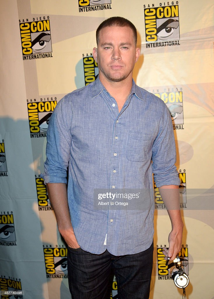 Actor <a gi-track='captionPersonalityLinkClicked' href=/galleries/search?phrase=Channing+Tatum&family=editorial&specificpeople=549548 ng-click='$event.stopPropagation()'>Channing Tatum</a> attends the Warner Bros. Pictures panel and presentation during Comic-Con International 2014 at San Diego Convention Center on July 26, 2014 in San Diego, California.