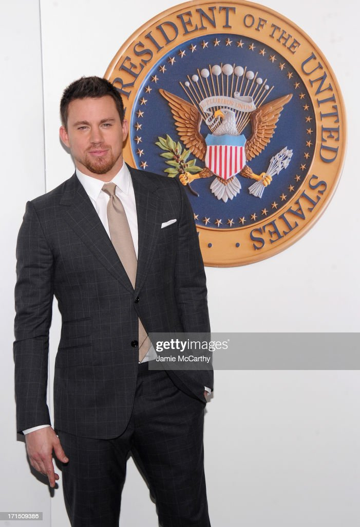 Actor <a gi-track='captionPersonalityLinkClicked' href=/galleries/search?phrase=Channing+Tatum&family=editorial&specificpeople=549548 ng-click='$event.stopPropagation()'>Channing Tatum</a> attends 'White House Down' New York Premiere at Ziegfeld Theater on June 25, 2013 in New York City.