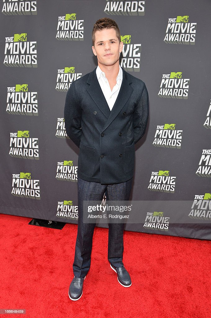 Actor Charlie Carver arrives at the 2013 MTV Movie Awards at Sony Pictures Studios on April 14, 2013 in Culver City, California.