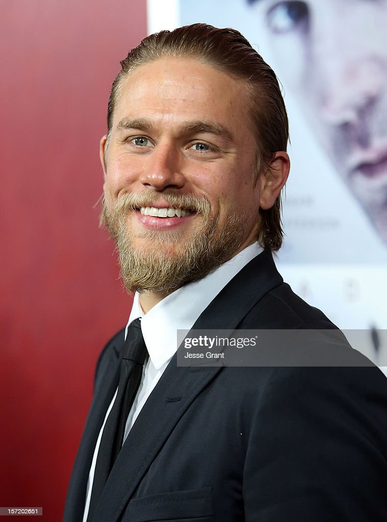Actor <a gi-track='captionPersonalityLinkClicked' href=/galleries/search?phrase=Charlie+Hunnam&family=editorial&specificpeople=223913 ng-click='$event.stopPropagation()'>Charlie Hunnam</a> arrives at the 'Deadfall' Los Angeles premiere at ArcLight Hollywood on November 29, 2012 in Hollywood, California.
