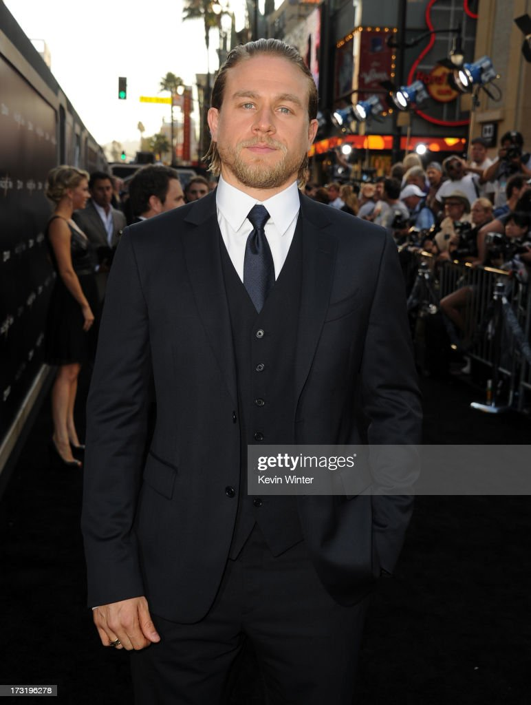 Actor <a gi-track='captionPersonalityLinkClicked' href=/galleries/search?phrase=Charlie+Hunnam&family=editorial&specificpeople=223913 ng-click='$event.stopPropagation()'>Charlie Hunnam</a> arrives at the premiere of Warner Bros. Pictures' and Legendary Pictures' 'Pacific Rim' at Dolby Theatre on July 9, 2013 in Hollywood, California.