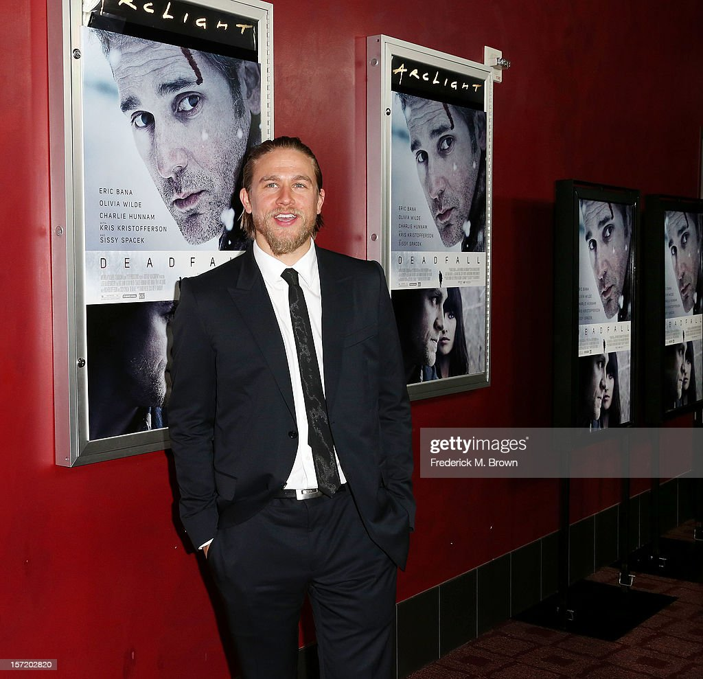 Actor <a gi-track='captionPersonalityLinkClicked' href=/galleries/search?phrase=Charlie+Hunnam&family=editorial&specificpeople=223913 ng-click='$event.stopPropagation()'>Charlie Hunnam</a> attends the premiere of Magnolia Pictures' 'Deadfall' at the ArcLight Cinemas on November 29, 2012 in Hollywood, California.