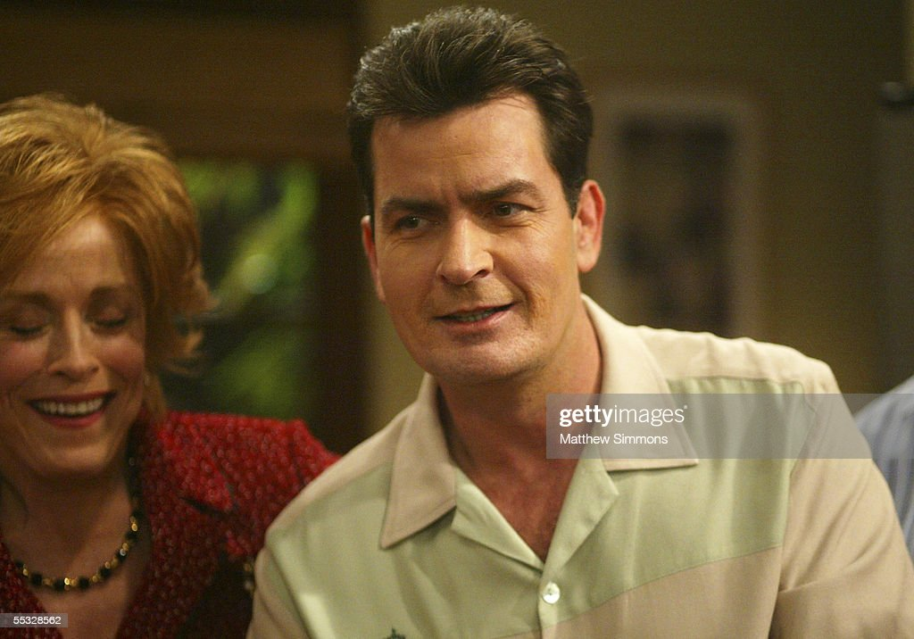 warner bros versus charlie sheen of two and a half men Fox news first: florida primary sets up trump vs  charlie sheen  and his two and a half men co-stars  as the legal battle wages on between  the actor and warner brothers, the production company for the.