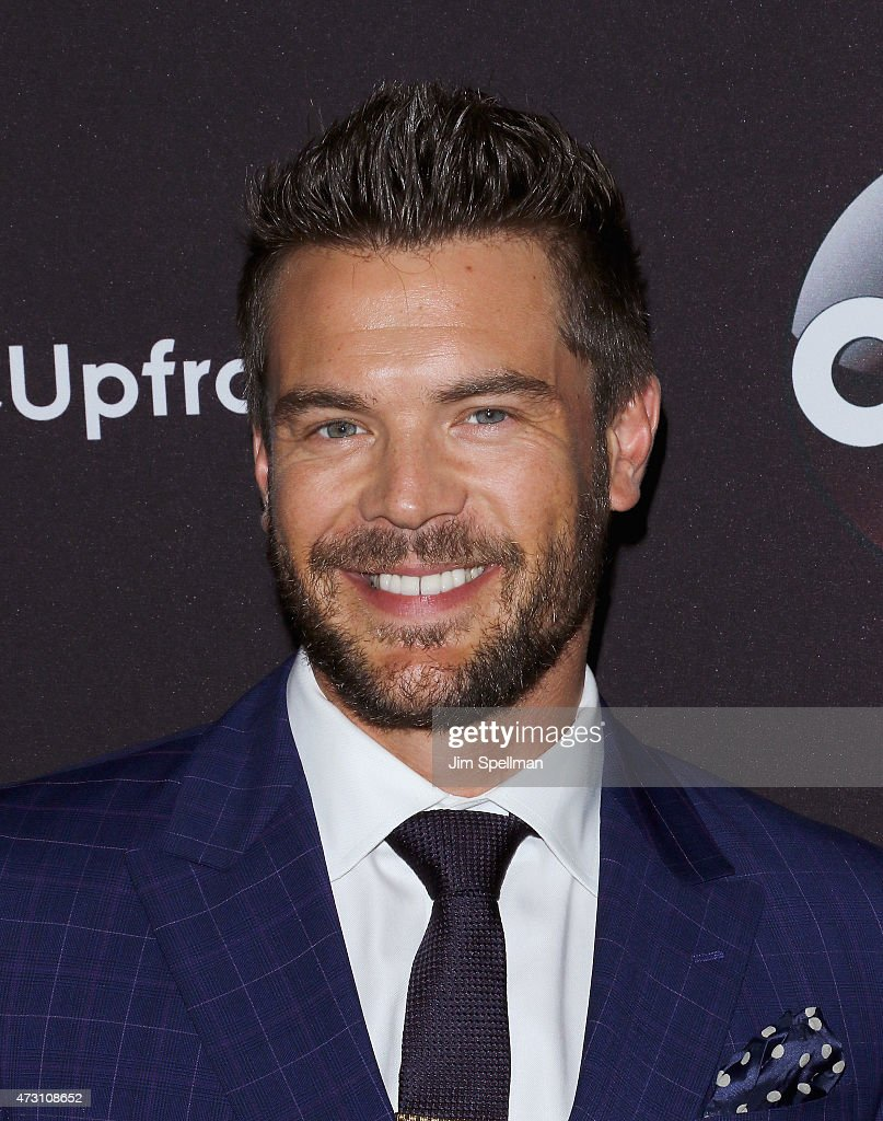 Actor Charlie Weber attends the 2015 ABC upfront presentation at Avery Fisher Hall at Lincoln Center for the Performing Arts on May 12, 2015 in New York City.
