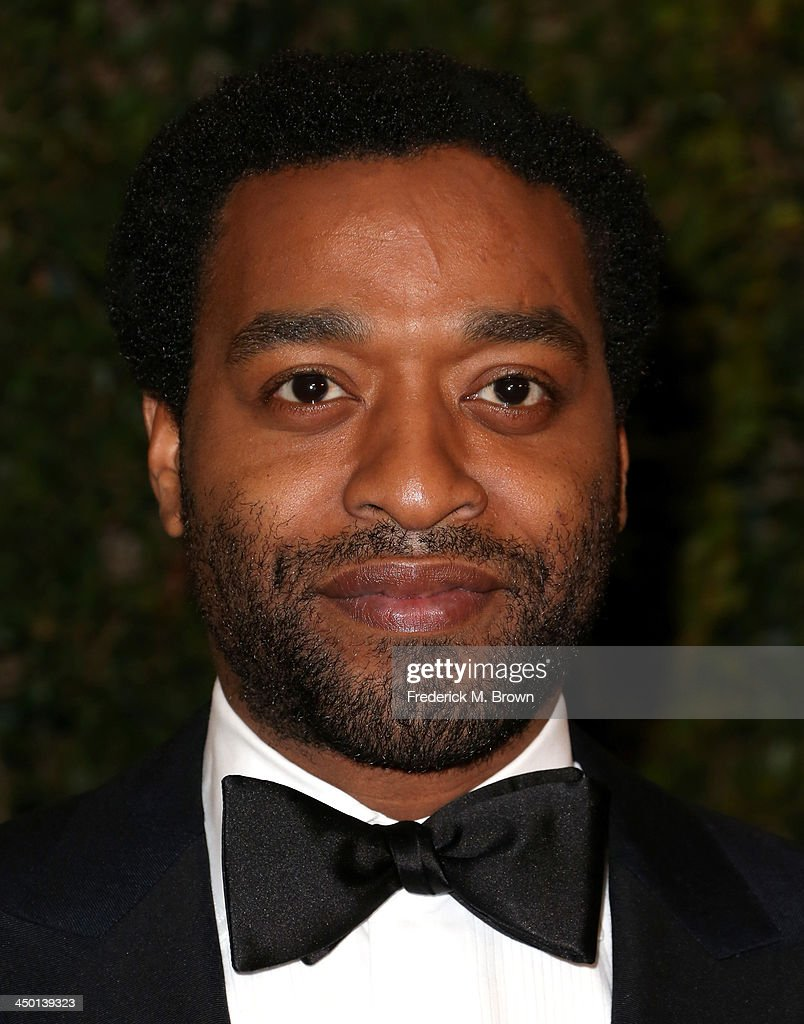 Actor <a gi-track='captionPersonalityLinkClicked' href=/galleries/search?phrase=Chiwetel+Ejiofor&family=editorial&specificpeople=213998 ng-click='$event.stopPropagation()'>Chiwetel Ejiofor</a> arrives at the Academy of Motion Picture Arts and Sciences' Governors Awards at The Ray Dolby Ballroom at Hollywood & Highland Center on November 16, 2013 in Hollywood, California.