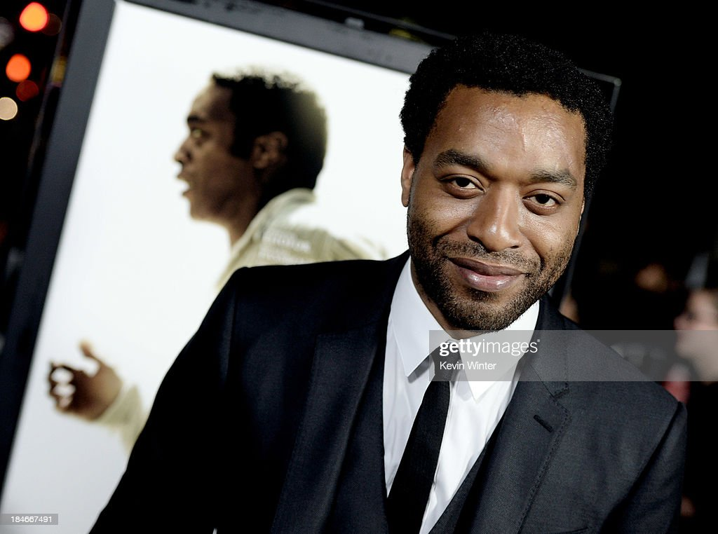 Actor <a gi-track='captionPersonalityLinkClicked' href=/galleries/search?phrase=Chiwetel+Ejiofor&family=editorial&specificpeople=213998 ng-click='$event.stopPropagation()'>Chiwetel Ejiofor</a> arrives at the premiere of Fox Searchlights' '12 Years A Slave' at the Directors Guild on October 14, 2013 in Los Angeles, California.