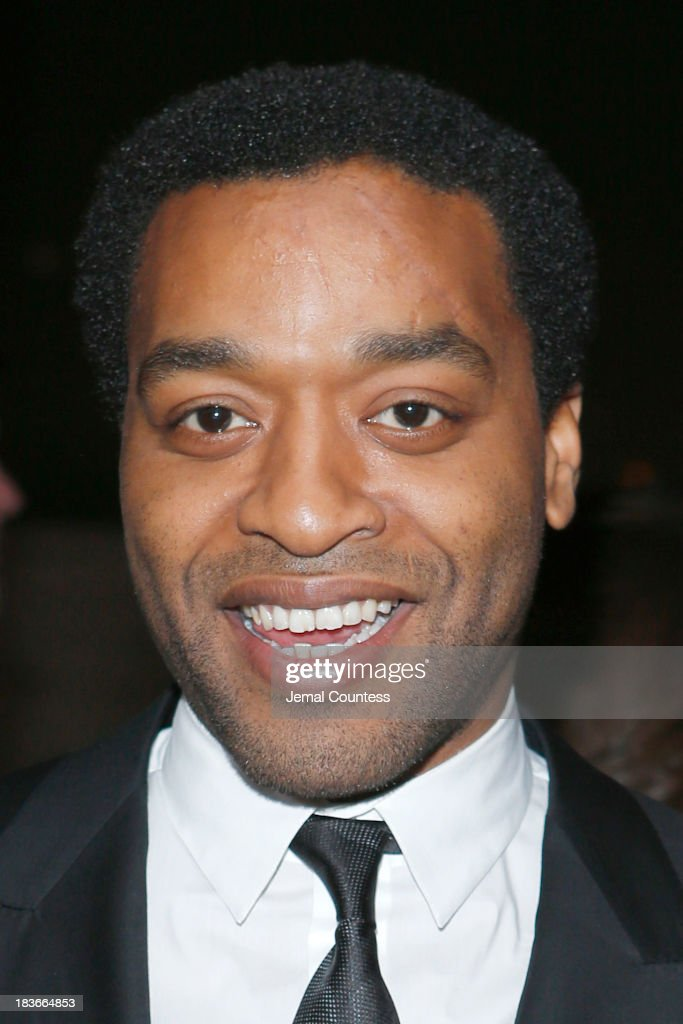 Actor <a gi-track='captionPersonalityLinkClicked' href=/galleries/search?phrase=Chiwetel+Ejiofor&family=editorial&specificpeople=213998 ng-click='$event.stopPropagation()'>Chiwetel Ejiofor</a> attends the '12 Years A Slave' premiere during the 51st New York Film Festival at Alice Tully Hall at Lincoln Center on October 8, 2013 in New York City.