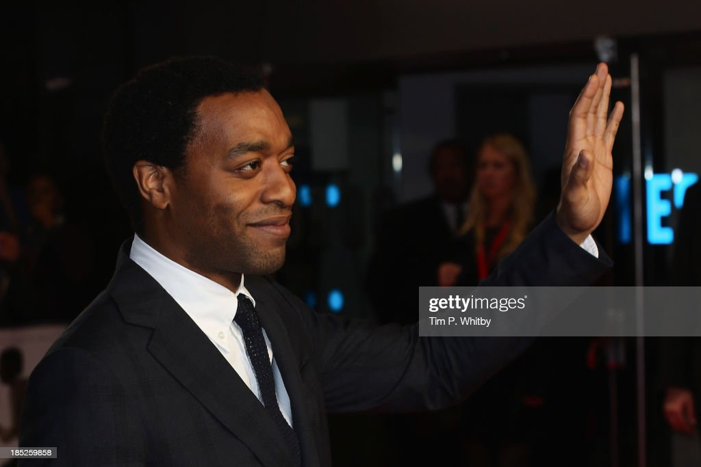 Actor <a gi-track='captionPersonalityLinkClicked' href=/galleries/search?phrase=Chiwetel+Ejiofor&family=editorial&specificpeople=213998 ng-click='$event.stopPropagation()'>Chiwetel Ejiofor</a> attends the European Premiere of 'Twelve Years A Slave' during the 57th BFI London Film Festival at Odeon Leicester Square on October 18, 2013 in London, England.