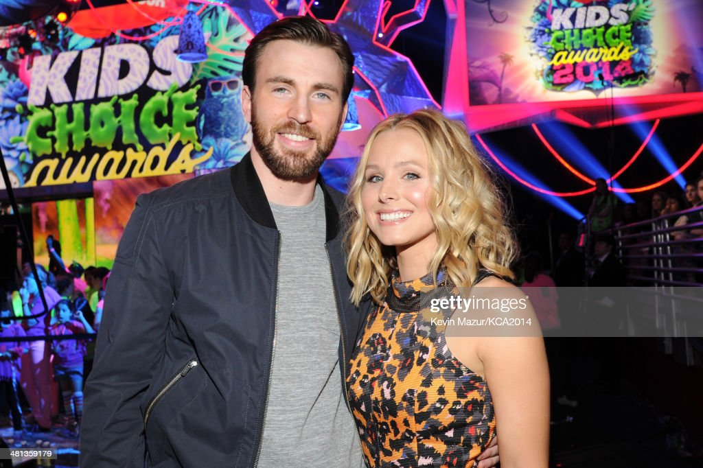 Actor <a gi-track='captionPersonalityLinkClicked' href=/galleries/search?phrase=Chris+Evans+-+Actor&family=editorial&specificpeople=6873149 ng-click='$event.stopPropagation()'>Chris Evans</a> (L) and actress <a gi-track='captionPersonalityLinkClicked' href=/galleries/search?phrase=Kristen+Bell&family=editorial&specificpeople=194764 ng-click='$event.stopPropagation()'>Kristen Bell</a> attend Nickelodeon's 27th Annual Kids' Choice Awards held at USC Galen Center on March 29, 2014 in Los Angeles, California.