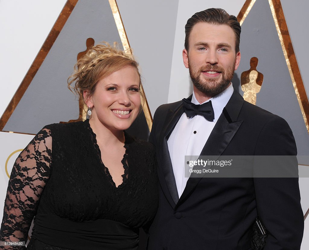 Actor <a gi-track='captionPersonalityLinkClicked' href=/galleries/search?phrase=Chris+Evans+-+Actor&family=editorial&specificpeople=6873149 ng-click='$event.stopPropagation()'>Chris Evans</a> and sister Carly Evans arrive at the 88th Annual Academy Awards at Hollywood & Highland Center on February 28, 2016 in Hollywood, California.