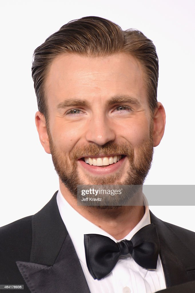 Actor <a gi-track='captionPersonalityLinkClicked' href=/galleries/search?phrase=Chris+Evans+-+Actor&family=editorial&specificpeople=6873149 ng-click='$event.stopPropagation()'>Chris Evans</a> poses in the press room during the 87th Annual Academy Awards at Loews Hollywood Hotel on February 22, 2015 in Hollywood, California.