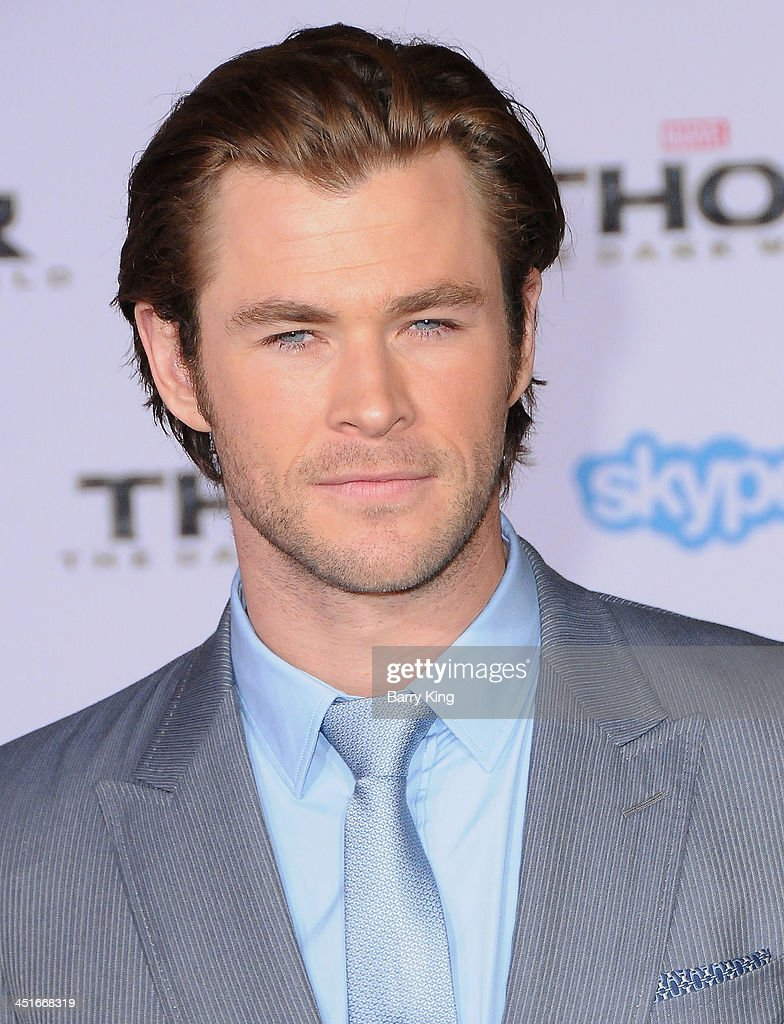 Actor <a gi-track='captionPersonalityLinkClicked' href=/galleries/search?phrase=Chris+Hemsworth&family=editorial&specificpeople=646776 ng-click='$event.stopPropagation()'>Chris Hemsworth</a> arrives at the Los Angeles Premiere 'Thor: The Dark World' on November 4, 2013 at the El Capitan Theatre in Hollywood, California.