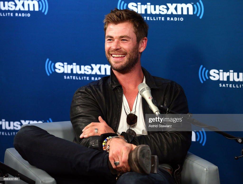 Actor Chris Hemsworth attends SiriusXM's 'EW Spotlight' With Chris Hemsworth And Taika Waititi at SiriusXM Studios on October 30, 2017 in New York City.