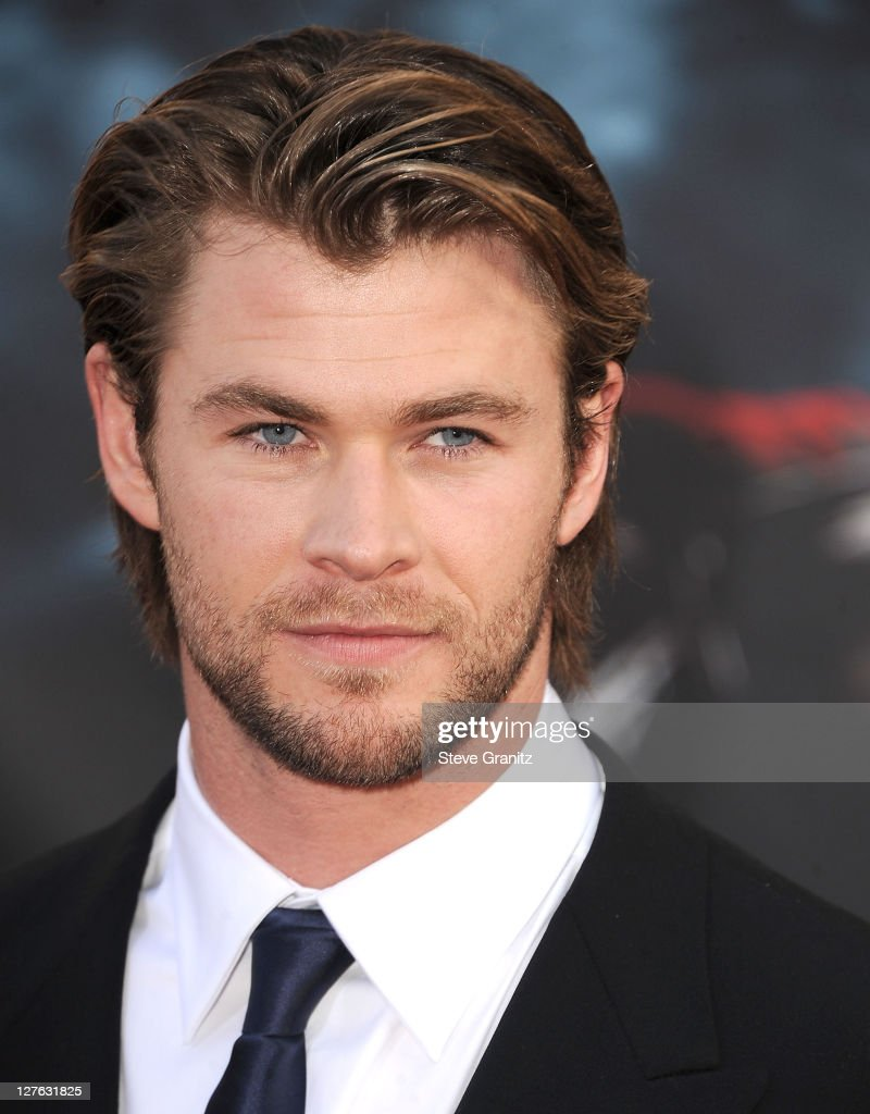 Actor <a gi-track='captionPersonalityLinkClicked' href=/galleries/search?phrase=Chris+Hemsworth&family=editorial&specificpeople=646776 ng-click='$event.stopPropagation()'>Chris Hemsworth</a> attends the 'Thor' Los Angeles Premiere at the El Capitan Theatre on May 2, 2011 in Hollywood, California.