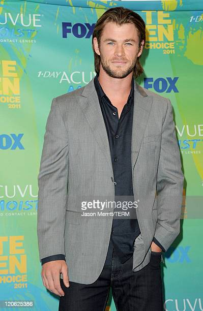 Actor Chris Hemsworth poses in the press room during the 2011 Teen Choice Awards held at the Gibson Amphitheatre on August 7 2011 in Universal City...