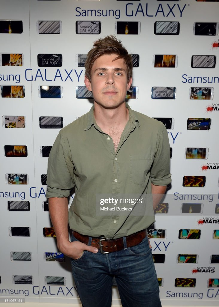 Actor <a gi-track='captionPersonalityLinkClicked' href=/galleries/search?phrase=Chris+Lowell&family=editorial&specificpeople=880311 ng-click='$event.stopPropagation()'>Chris Lowell</a> attends the after party for Veronica Mars at The Samsung Galaxy Experience on July 19, 2013 in San Diego, California.