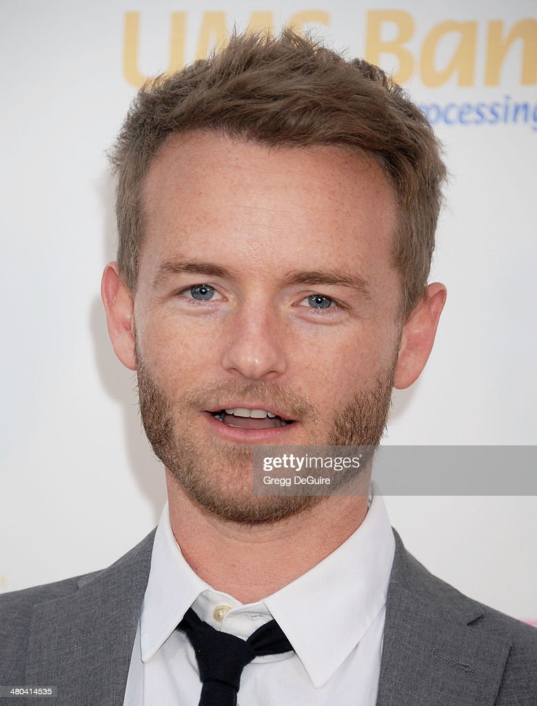 christopher masterson net worthchristopher masterson scary movie, christopher masterson 2016, christopher masterson instagram, christopher masterson, christopher masterson neil patrick harris, christopher masterson laura prepon, christopher masterson american history x, christopher masterson 2015, christopher masterson twitter, christopher masterson malcolm in the middle, christopher masterson imdb, christopher masterson feet, christopher masterson kennedy, christopher masterson net worth, christopher masterson how i met your mother, christopher masterson that 70s show, christopher masterson height, christopher masterson dj, christopher masterson wife, christopher masterson married