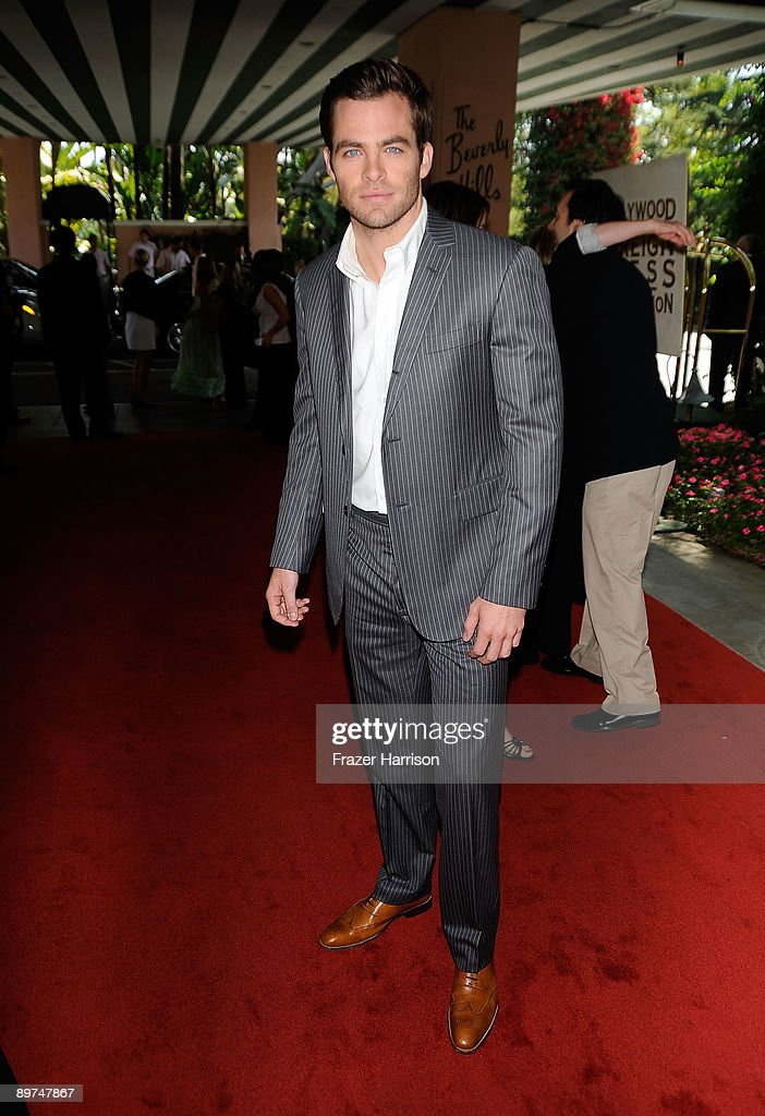 Actor Chris Pine arrives at the Hollywood Foreign Press Association's Annual installation luncheon held at the Beverly Hills Hotel on August 11, 2009 in Beverly Hills, California.