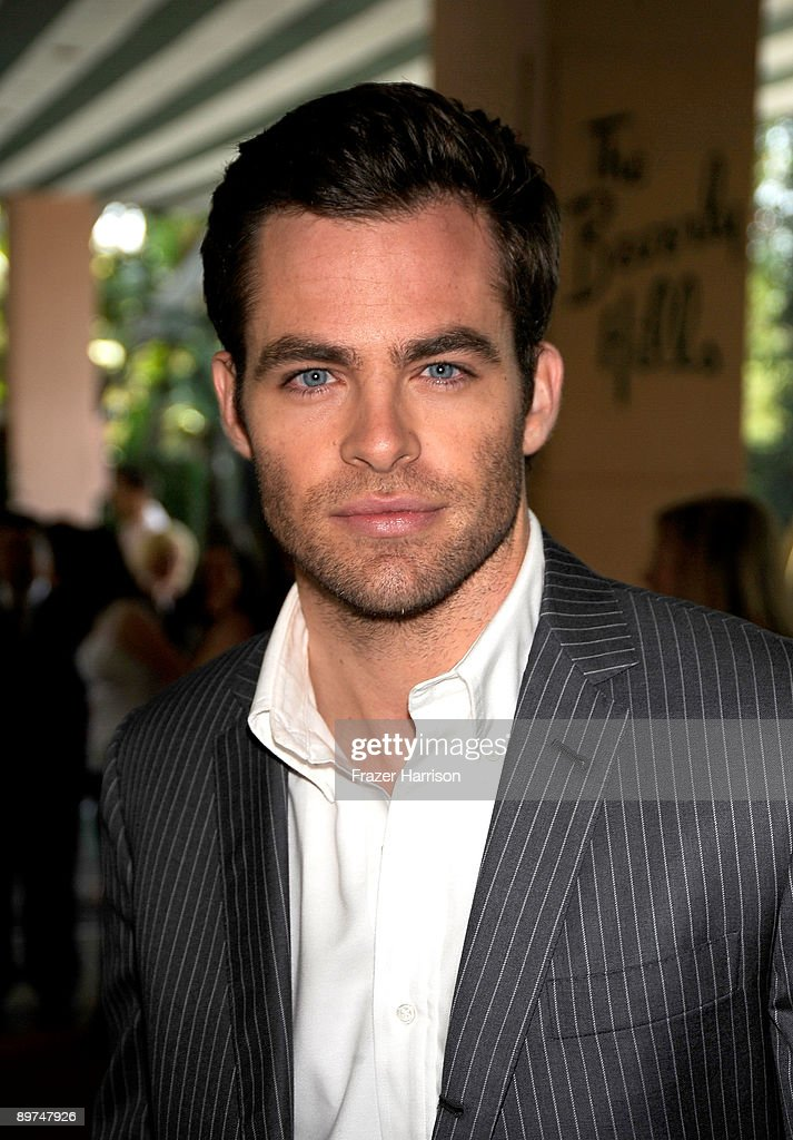 Actor Chris Pine arrives at the Hollywood Foreign Press Association's installation luncheon held at the Beverly Hills Hotel on August 11, 2009 in Beverly Hills, California.