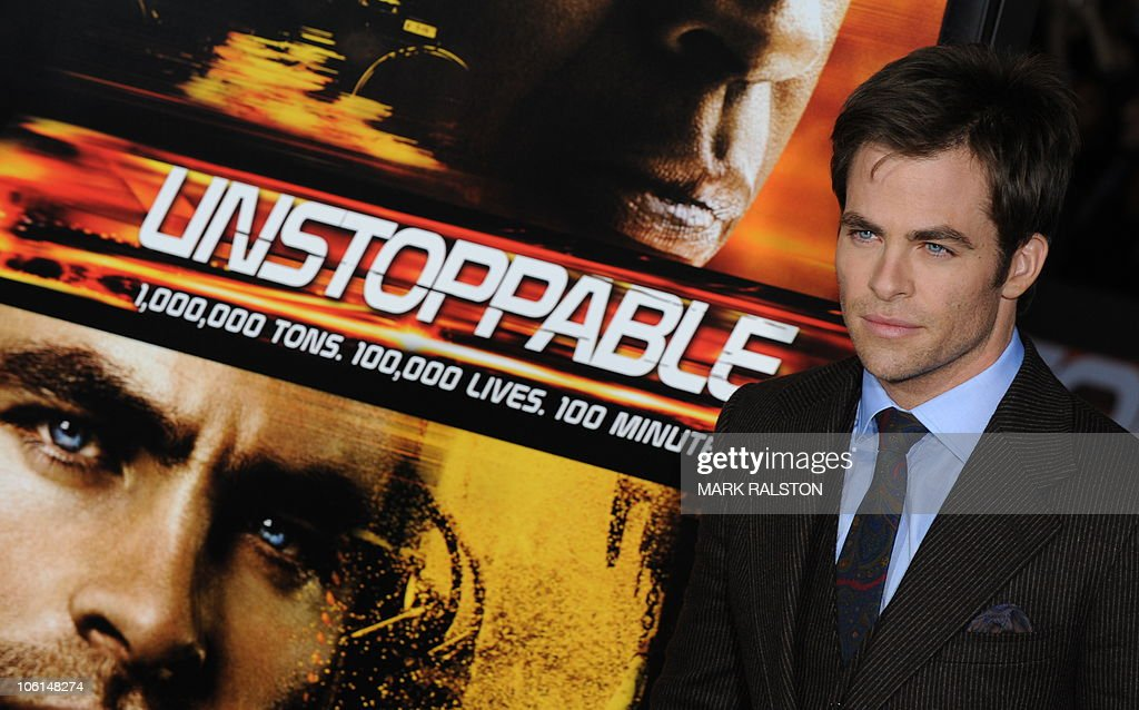 Actor Chris Pine arrives on the red carpet for the premiere of the film 'Unstoppable', in which he has a role, at the Regency Village Theater in Los Angeles on October 26, 2010. AFP PHOTO/Mark RALSTON