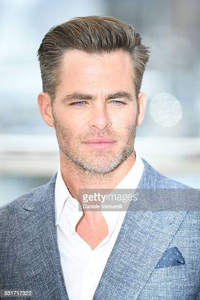 Actor Chris Pine attends 'Hell Or High Water' Photocall during the The 69th Annual Cannes Film Festival on May 16 2016 in Cannes
