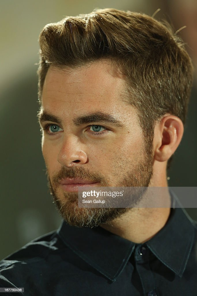 Actor <a gi-track='captionPersonalityLinkClicked' href=/galleries/search?phrase=Chris+Pine&family=editorial&specificpeople=641995 ng-click='$event.stopPropagation()'>Chris Pine</a> attends the 'Star Trek Into Darkness' Press Conference at Hotel Adlon on April 29, 2013 in Berlin, Germany.