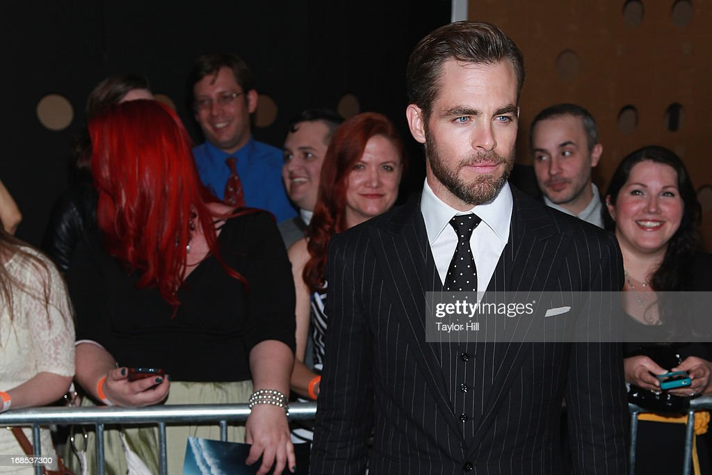 Actor <a gi-track='captionPersonalityLinkClicked' href=/galleries/search?phrase=Chris+Pine&family=editorial&specificpeople=641995 ng-click='$event.stopPropagation()'>Chris Pine</a> attends the 'Star Trek Into Darkness' screening at AMC Loews Lincoln Square on May 9, 2013 in New York City.