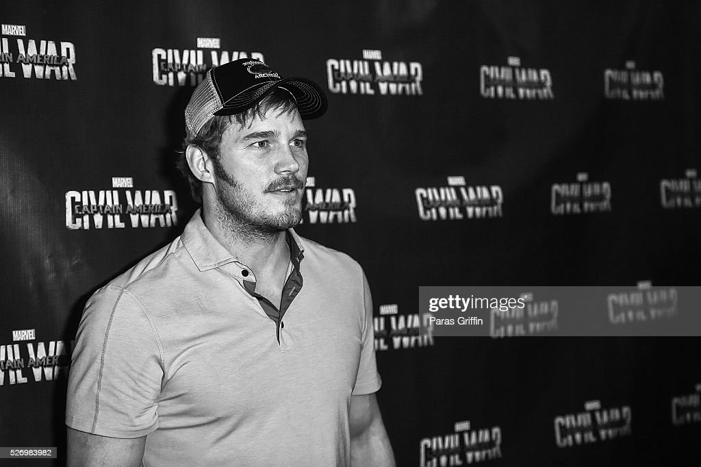 Actor Chris Pratt attends 'Captain America: Civil War' Atlanta Cast & Crew screening at The Fox Theatre on May 1, 2016 in Atlanta, Georgia.